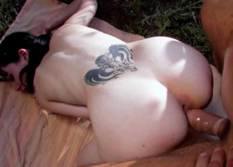 Vladana Wings does some outdoor fucking